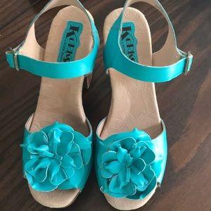 KORK-EASE NWOB Leather Platform Turquoise Heels S9